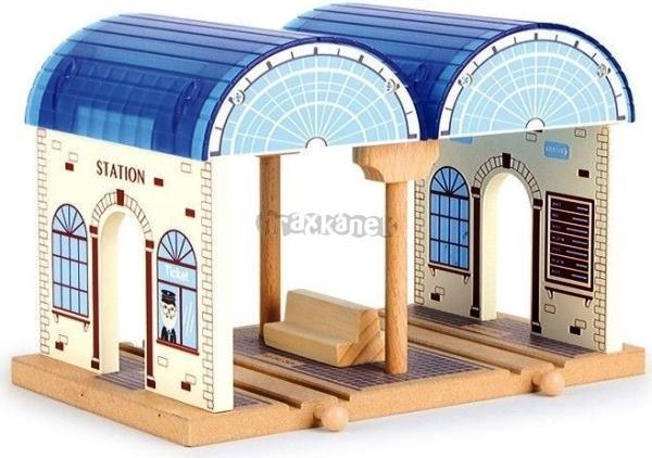 Maxim hlavní nádraží modré - dřevěná železnice
