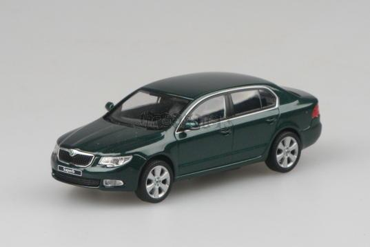 Škoda Superb II - Amazonian Green - 1:43 - model ABREX