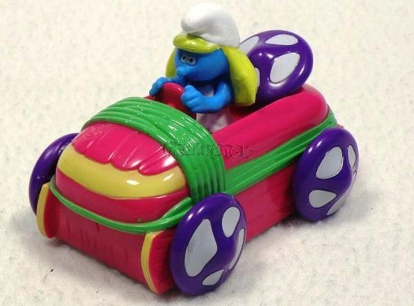 ŠMOULOVÉ - Šmoulinka v autě